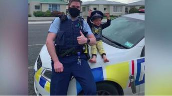 Lakukan Panggilan Darurat, Bocah 4 Tahun Hanya Ingin Pamer Mainan ke Polisi