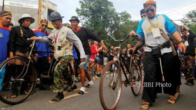 Pemkot Solo Imbau Pelajar Pakai Onthel Daripada Naik Sepeda Motor Regional Liputan6 Com