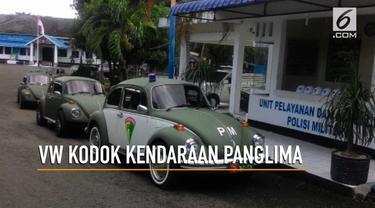 Panglima Kodam Iskandar Muda Mayjen TNI Agus Kriswanto menggunakan mobil VW kodok klasik untuk menjalankan tugas kedinasan setiap harinya.