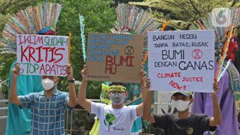 FOTO: Aksi Jeda Krisis Iklim