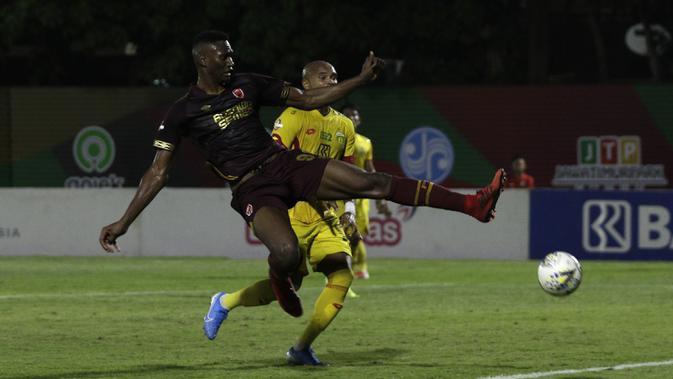 Striker PSM Makassar, Amido Balde. (Bola.com/Yoppy Renato)
