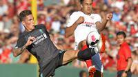 Liverpool saat kalah lawan Sevilla di laga pramusim (Joseph Prezioso / AFP)