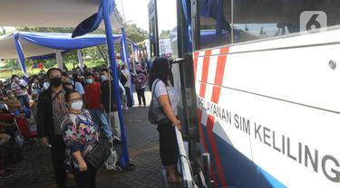SIM Keliling beroperasi di Masjid At-Tin Jakarta Timur