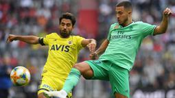 1. Eden Hazard (Penyerang) - Pemain berusia 28 tahun ini resmi berlabuh ke Santiago Bernabeu setelah Real Madrid menggelontorkan dana sebanyak 100 juta euro. (AFP/Christof Stache)