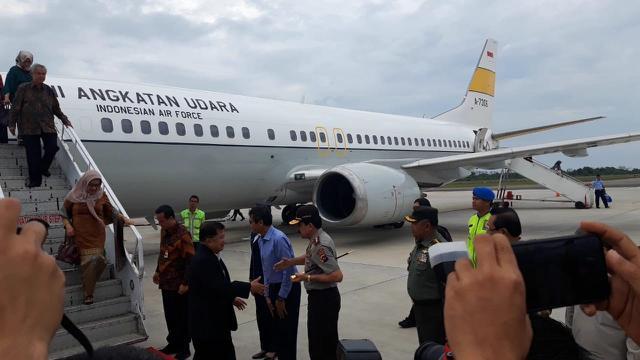 Wakil Presiden Indonesia ke-10 dan ke-12 Jusuf Kalla, saat bertolak ke Padang, Kamis (5/12/2019)