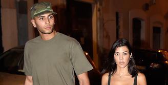Ternyata Kourtney Kardashian dan Younes Bendjima sudah lama mengakhiri hubungan mereka. (Us Weekly)