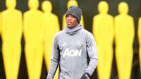 Penyerang Manchester United, Anthony Martial tak masalah dengan sistem disiplin tinggi yang diterapkan manajer Jose Mourinho di Manchester United. (dok. Manchester United)