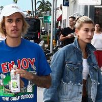 Akhir minggu kemarin, Justin Bieber dan Hailey Baldwin menghabiskan waktu bersama di Miami. (Entertainment Tonight)