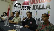 Ketua Tim Kampanye Nasional Jokowi-JK, Tjahjo Kumolo (kedua kanan) bersama Sekretaris Tim Kampanye Nasional Andi Wijayanto (kanan), Koordinator Juru Bicara Tim Kampanye Nasional Anies Baswedan (ketiga kiri) - (Antara/Widodo S)