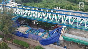 Konstruksi LRT yang Roboh di Kayu Putih