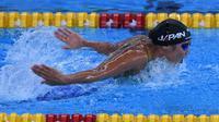 Perenang putri, Rikako Ikee, berhasil memecahkan rekor Asian Games dari nomor 100 meter gaya kupu-kupu putri dengan catatan waktu 56,30 detik. (INASGOC/Irwin Fedriansyah)