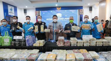 Bea Cukai dan BNN Ringkus Kapal Pembawa 17,81 Kg Sabu