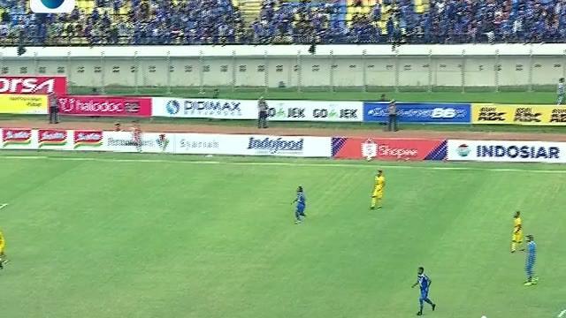 Berita Video Tiga Gol Sundulan Warnai Laga Sengit Persib Bandung Vs Bhayangkara FC