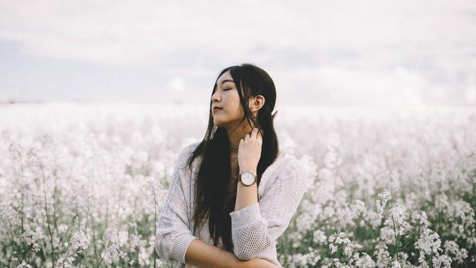Perempuan Marahnya Diam Cerewetnya Peduli Dan Bencinya