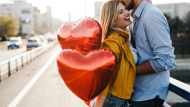 Hubungan cinta pasangan bahagia (iStock)