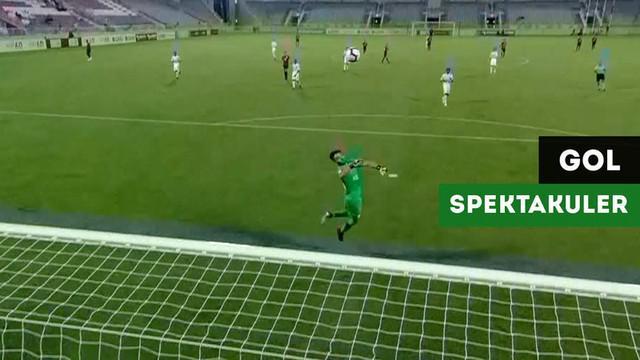 Berita video momen pemain naturalisasi Qatar, Rodrigo Tabata, mencetak gol dari tengah lapangan dalam laga Qatar Stars Cup.