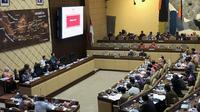 Suasana rapat kerja antara Komisi II DPR dengan Kementerian Sekretariat Negara di Kompleks Parlemen, Senayan, Jakarta, Selasa (28/1/2020). (Liputan6.com/Delvira Hutabarat)