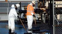 Minyak mentah sekitar 10.000 galon bocor di Los Angeles. (Reuters)