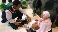 Jemaah haji yang mengalami kondisi darurat dievakuasi, maka akan dirujuk ke Klinik Kesehatan Haji Indonesia (KKHI). (Dok Tim Pertolongan Pertama Pada Jamaah Haji (P3JH) Kementerian Agama)
