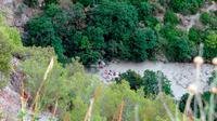 Banjir bandang terjadi di wilayah di Italia selatan, dan menyebabkan setidaknya 10 orang tewas. (AP/Francesco Capitaneo)