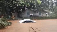 Banjir bandang menerjang Desa Pandansari, Kecamatan Ajibarang, Banyumas, Jawa Tengah. (Foto: Liputan6.com/tangkapan layar video)