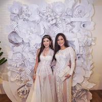 Nggak perlu kerja, janda tajir Jamie Chua yang ternyata sahabatan sama Maia Estianty ini bisa dapat uang Rp5,8 miliar perbulan. (Foto: Instagram Jamie Chua)