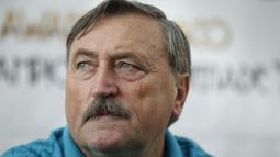 Antonin Panenka adalah pahlawan Cekoslowakia pada gelaran Euro 1976. Ia menjadi penentu Ceko merebut satu-satunya gelar Piala Eropa hingga kini. Pada partai final Cekoslowakia mengalahkan Jerman Barat 5-3 via adu penalti. (AFP/Valery Hache)