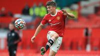 Daniel James. Pemain sayap Wales ini didatangkan Manchester United dari Swansea City pada 2019/2020. Setelah sempat bermain dua kali musim ini, ia dilepas ke Leeds United sebagai efek kepulangan Cristiano Ronaldo. Setan Merah pun meraup keuntungan 10 juta pounds. (Foto: AFP/Lindsey Parnaby)