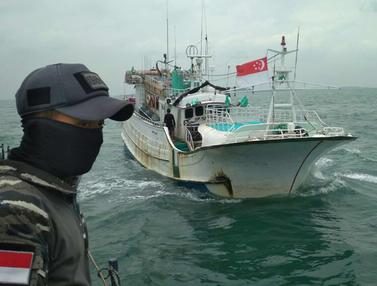 KRI Sigurot Tangkap Kapal Sunrise Glory Muat Sabu 1 Ton