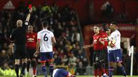 Bek MU, Eric Bailly mendapat kartu merah saat melawan Bournemouth. (Martin Rickett/PA via AP)