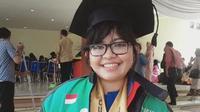 Lele, driver Ojek Online yang lulus Cum Laude di Universitas Diponegoro. (dok.Twitter @gizandra/https://twitter.com/gizayeolsung/status/1159057415544795136/Henry