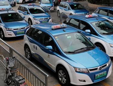 Taksi bertenaga listrik
