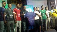 Persita Tangerang mendapat sponsor baru di Liga 2 musim ini. Tim berjuluk Pendekar Cisadane itu baru saja menjalin kerjasama dengan SOS Children's Villages (Liputan6.com/Luthfie)