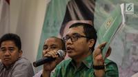 Wakil Sekjen DPP PPP Bidang Organisasi, Keanggotaan dan Kaderisasi Achmad Baidowi memberikan keterangan di Kantor DPP PPP, Jakarta, Selasa (12/12). MA menolak kasasi PPP kubu Djan Faridz dengan nomor perkara 504K/TUN/2017. (Liputan6.com/Faizal Fanani)