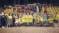 The Jakmania ketika mendukung Persija melawan Ceres-Negros di Stadion Panaad, Filipina, Rabu (3/4/2019). (Febrian SLS).