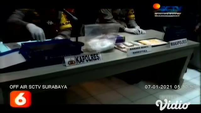 Setelah mendapati informasi adanya pengiriman narkoba seberat 1 kilogram lebih dari Malaysia ke Kota Sampang, Jawa Timur. Maka langsung ditindaklanjuti oleh Tim Reskoba Polres Sampang.
