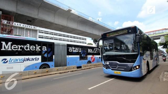 Sabtu (15/4/2017), PT Transportasi Jakarta telah melayani rute baru, yaitu Masjid Agung-Kalideres mulai hari ini