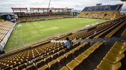 Stadion Banorte kandang Dorados klub divisi dua Meksiko berbenah menyambut kedatangan Maradona sebagai pelatih. ( AFP/Pedro Pardo )