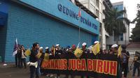 Aliansi Jurnalis Independen atau AJI kembali turun dalam May Day 2019 di Jakarta. (Liputan6.com/Radityo Priyasmoro)