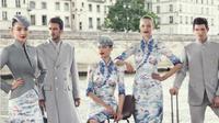 Seragam pramugari maskapai Hainan Airlines hadir dalam ajang Haute Couture Paris Fashion Week. (Foto: Instagram/@hainanairlines)