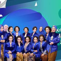 Krisdayanti pamer squad. (Foto: Instagran/krisdayantilemos Desain: Nurman Abdul Hakim/Bntang.com)