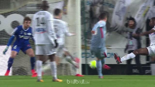 Berita video highlights Ligue 1 2017-2018 antara Amiens melawan Monaco dengan skor 1-1. This video presented by BallBall.
