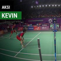 Berita video terpopuler 2018, pebulutangkis Indonesia, Kevin Sanjaya menunjukkan skillnya pada event Asian Games 2018.