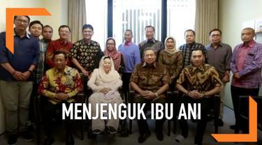 Pada hari ini, Jumat, 3 Mei 2019 pukul 11.00 waktu Singapura, Ibu Sinta Nuriyah, Bapak Mahfud MD, Ibu Alissa Wahid dan Bapak Dahlan Iskan bersama para tokoh yang tergabung dalam Gerakan Suluh Kebangsaan menjenguk Ibu Ani Yudhoyono di National Univers...