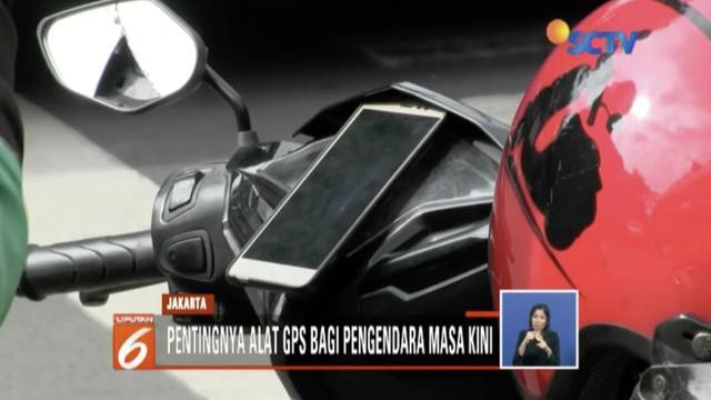 Mahkamah Konstitusi larang penggunaan GPS saat berkendara. Namun aturan ini masih jadi pro dan kontra di masyarakat.