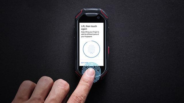 Atom Smartphone Mini Tahan Banting Dengan Spesifikasi Mumpuni