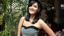 Artis Inzalna Balqis saat menghadiri gala premier film Garuda Superhero di XXI Epicentrum Kuningan Jakarta, Selasa (6/1/2015). (Liputan6.com/Panji diksanan)