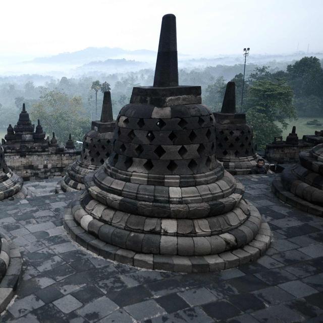 Teror Candi Borobudur Misteri Ledakan 9 Bom Di Pagi Buta