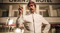 Reza Rahadian dalam film Guru Bangsa: Tjokroaminoto