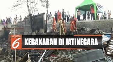 Sedikitnya 129 rumah hangus terbakar, dimana 159 keluarga harus kehilangan tempat tinggalnya.